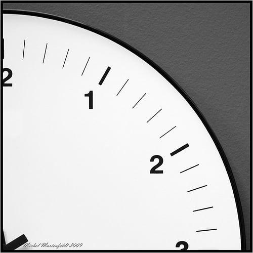 Prise de décision et gestion du temps Notre monde moderne exige de nous une gestion du temps optimale. La clé de la réussite passe par une meilleure optimisation du temps