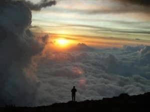 La méditation est une excellente technique pour faire vivre en vous les PENSÉES-FORCE