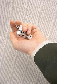 Comment prendre des décisions sans avoir un esprit perturbé par les choix difficiles. La stratégie décisionnelle particulière