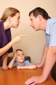 Comment sauver son couple ? même quand tout semble fichu Malgré la mésentente dans son couple, il est possible de le sauver par une démarche active de communication pour résoudre le conflit