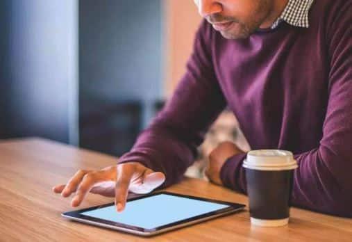 se concentrer sur un écran et une tablette